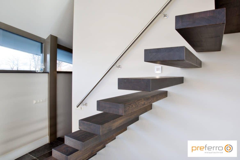 Zwevende Trap Veiligheid : Stalen trap prijzen design trappen realisaties prijs advies